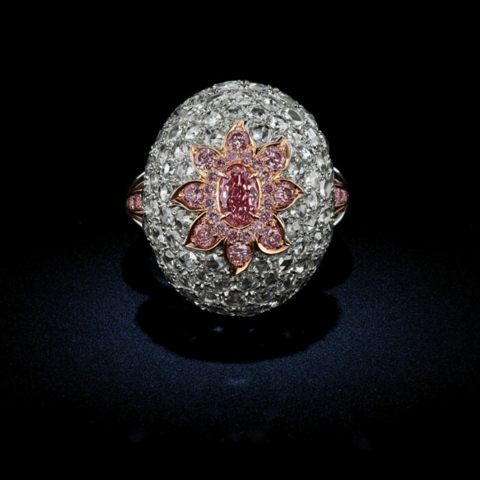 This one of the kind Oval Diamond ring is made up of .37 Fancy Purplish Pink Argyle Diamonds with a GIA Certification by David Rosenberg of Rosenberg Diamonds & Co.