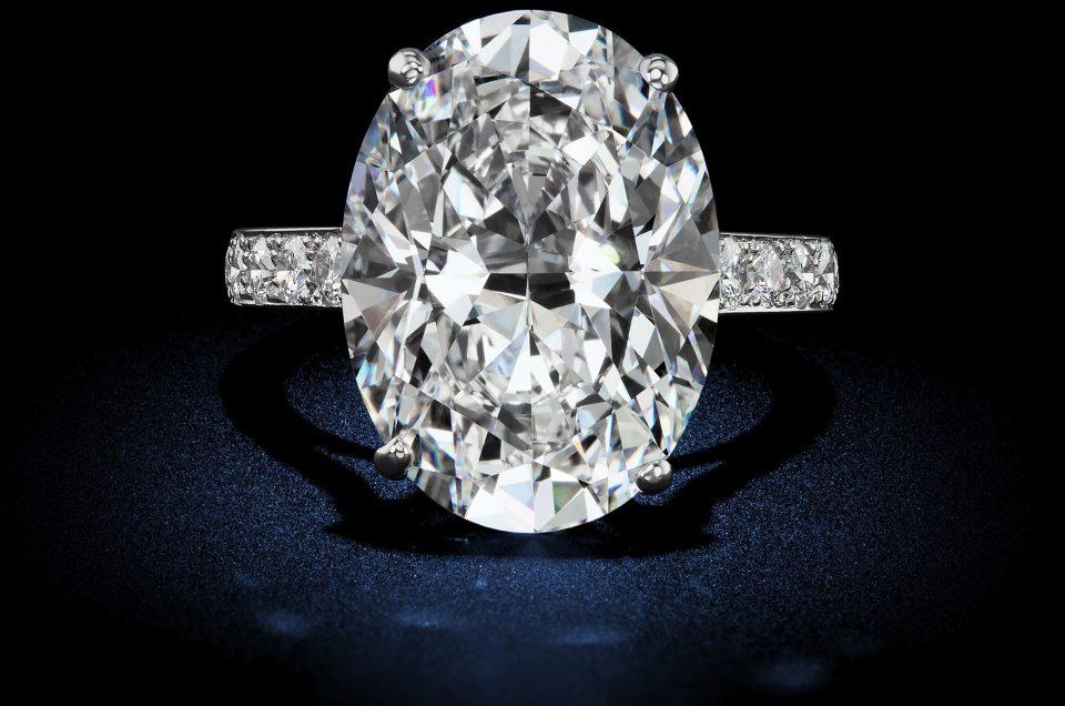 18 88 Carat D Flawless Type Iia Oval Shape Diamond Ring