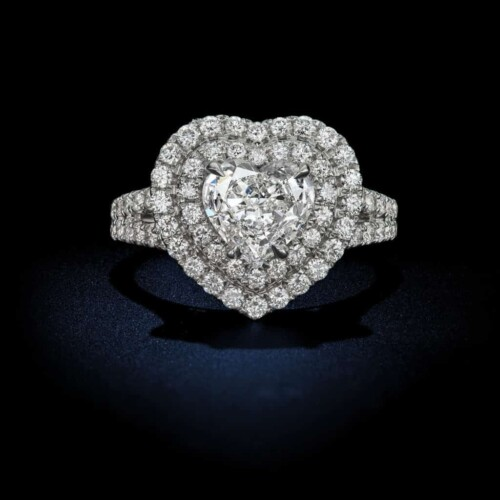 Heart-Shaped-Diamond-Engagement-Ring-With-Halo-Setting
