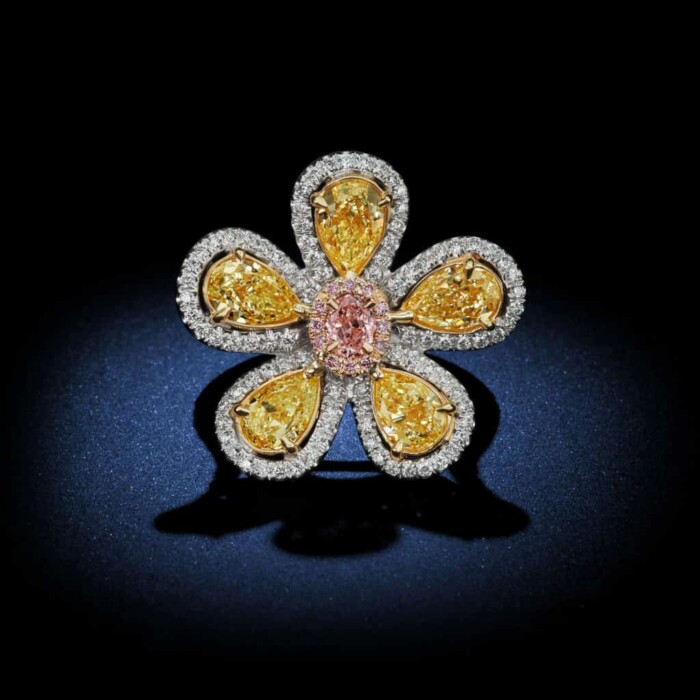 flower-design-natural-fancy-color-yellow-and-pink-diamond-ring