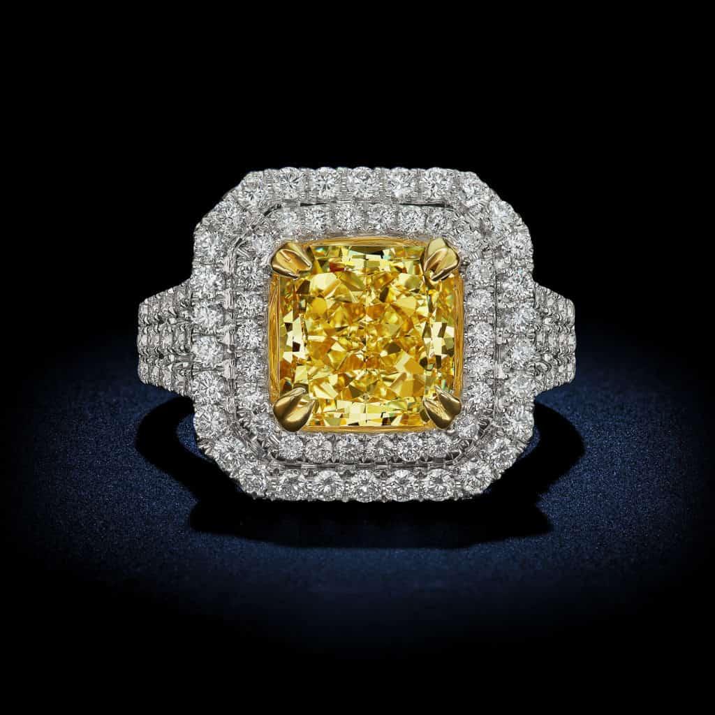 radiant-cut-Fancy-Intense-Yellow-diamond-halo-ring