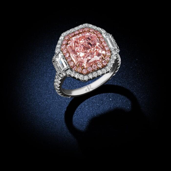 fancy-pink-internally-flawless-cushion-cut-diamond-ring