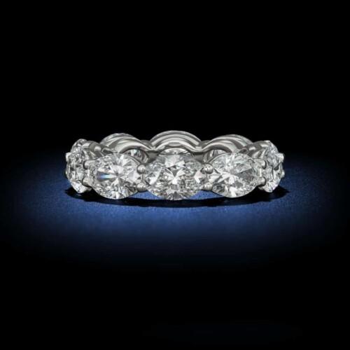 oval-shaped-diamond-eternity-wedding-band