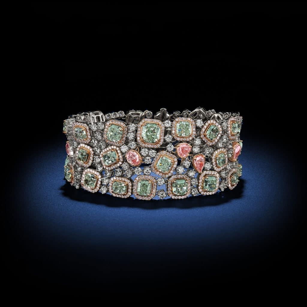 natural-fancy-green-fancy-pink-diamond-bracelet