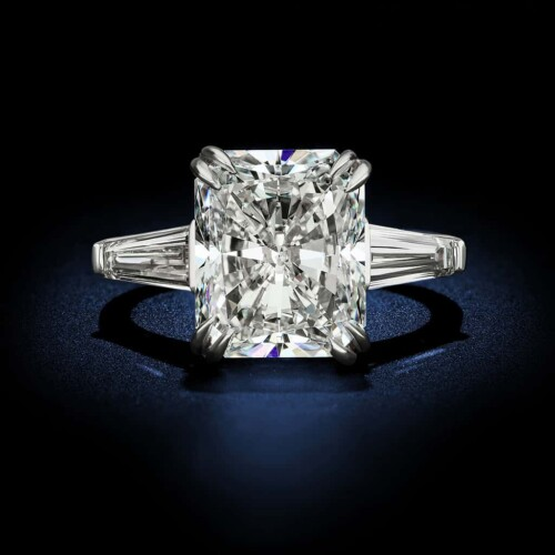 large-radiant-cut-diamond-engagement-ring