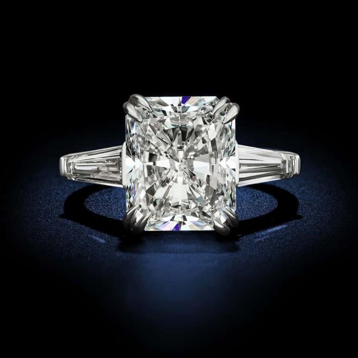 large-radiant-cut-diamond-engagement-ring