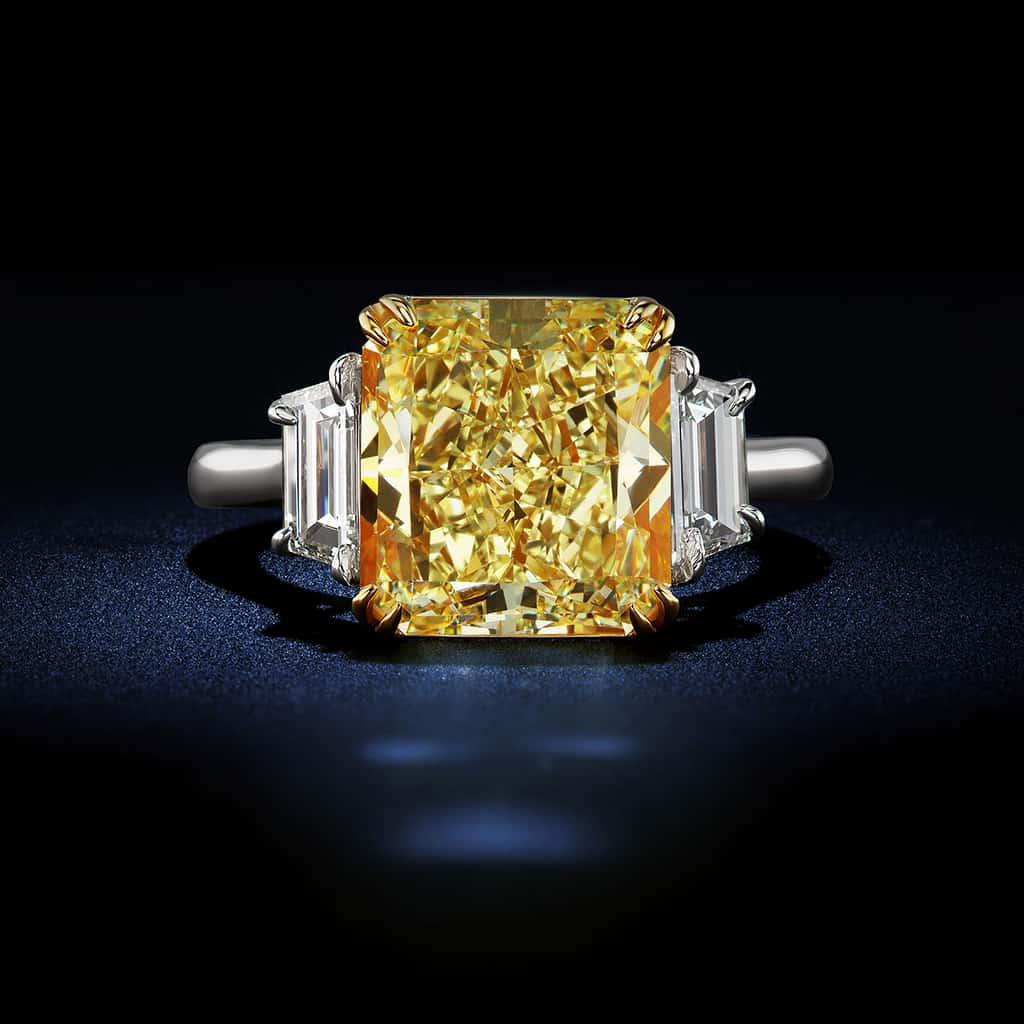 Radiant-Cut-Fancy-Intense-Yellow-Diamond-Platinum-Engagement-Ring