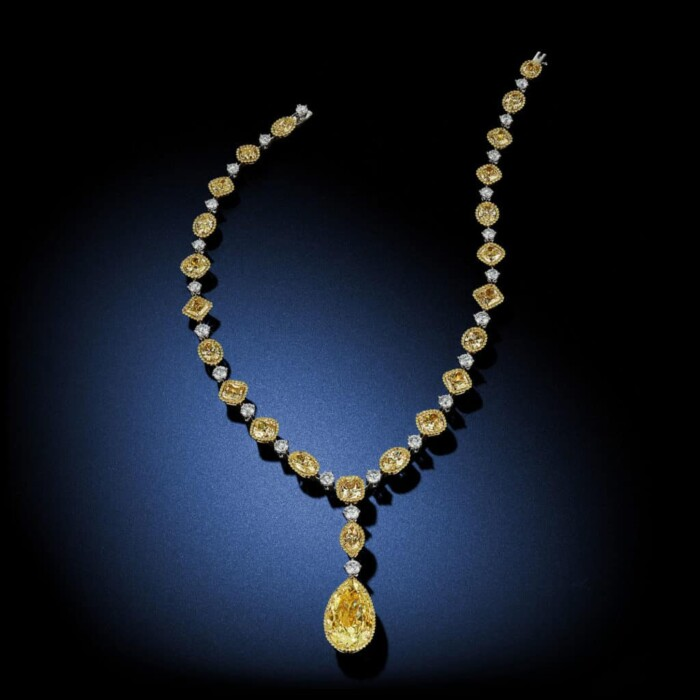 large-fancy-yellow-diamond-drop-pear-shaped-diamond-necklace