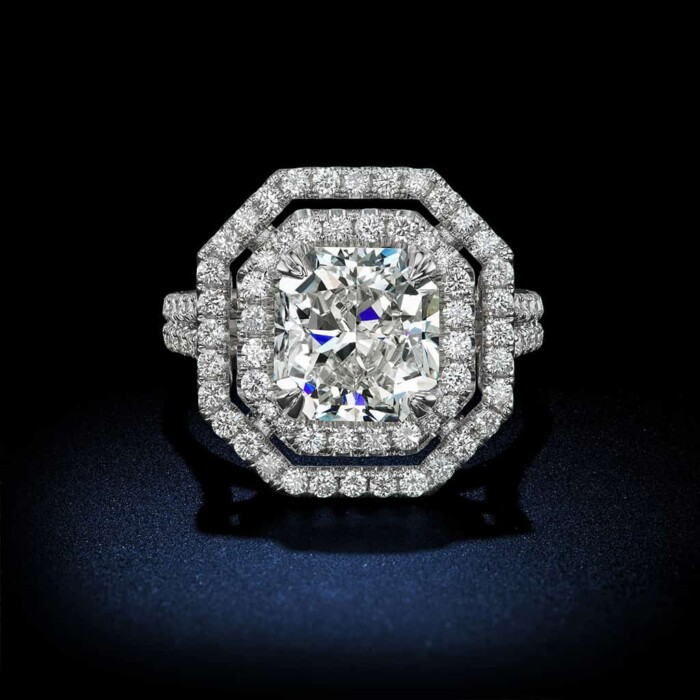 radiant-cut-diamond-halo-setting-engagement-ring